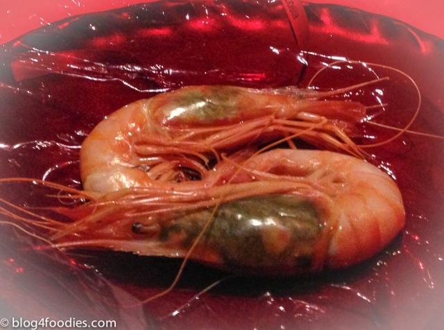 Red king prawns from Dénia, just boiled. Tea of chards (unwrapped)