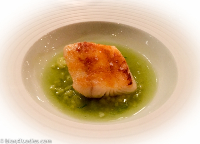 Cod with celery sauce and curry crust