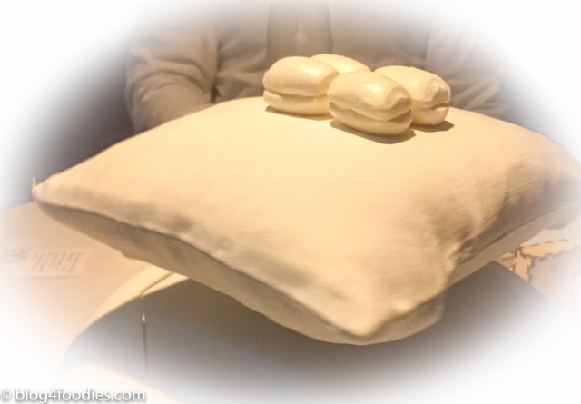 Floating pillow